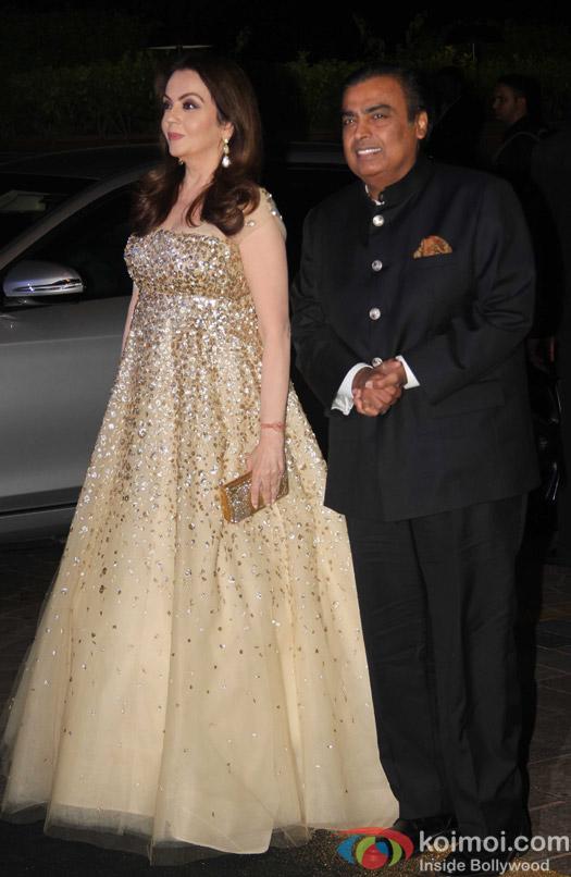bollywood-celebrities-birthday-bash-fashion-designer-manish-malhotra-28