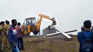 demolition of cross : Munnar eviction