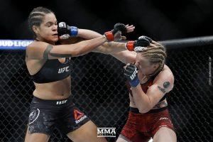 Amanda Nunes vs Valentina Shevchenko UFC 215