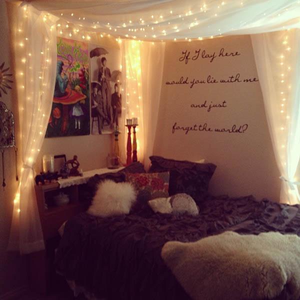 bedroom-christmas-lights-idea-inspiration-decor-on-bed-design-ideas
