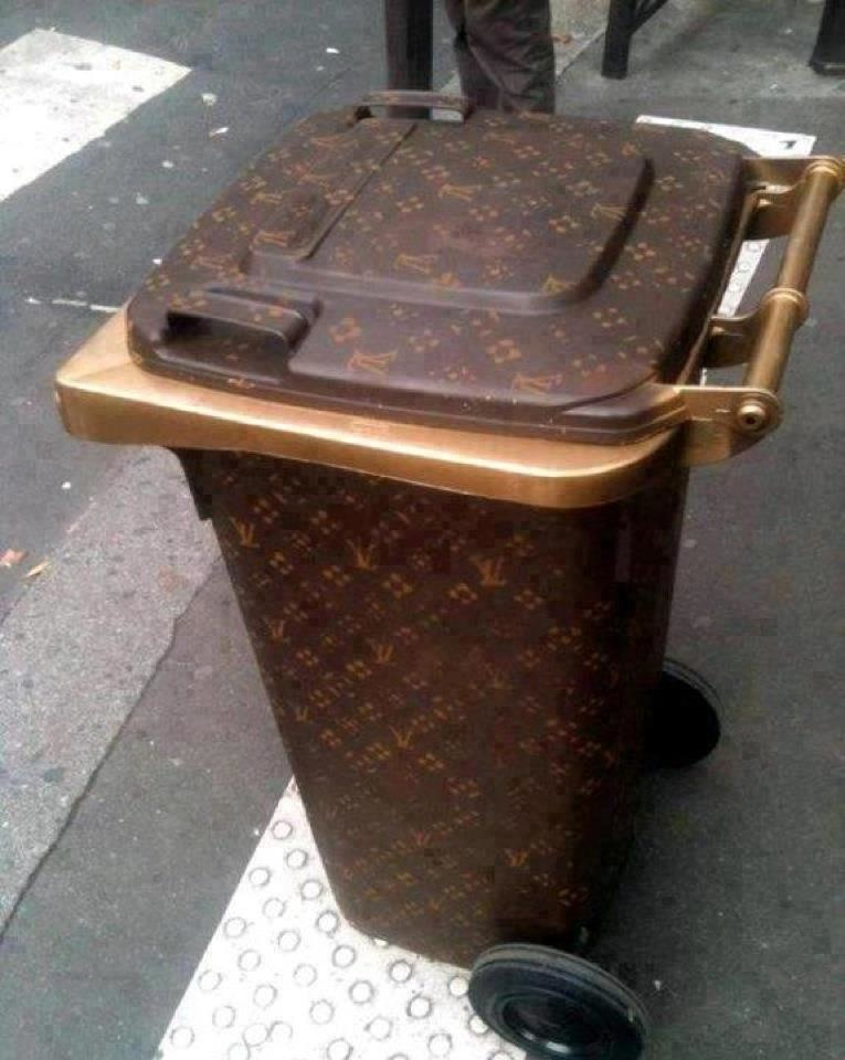 A-branded-trashcan-Dubai