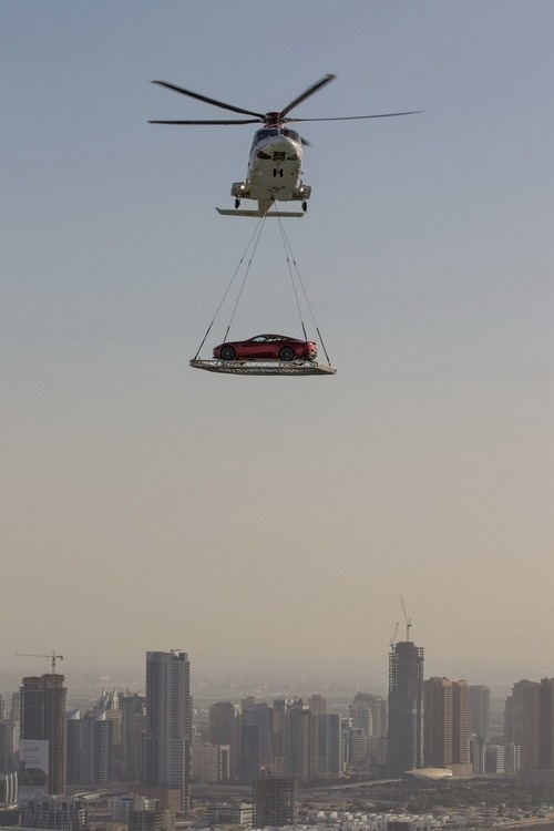 Car-gets-delivered-be-a-helicopter-dubai