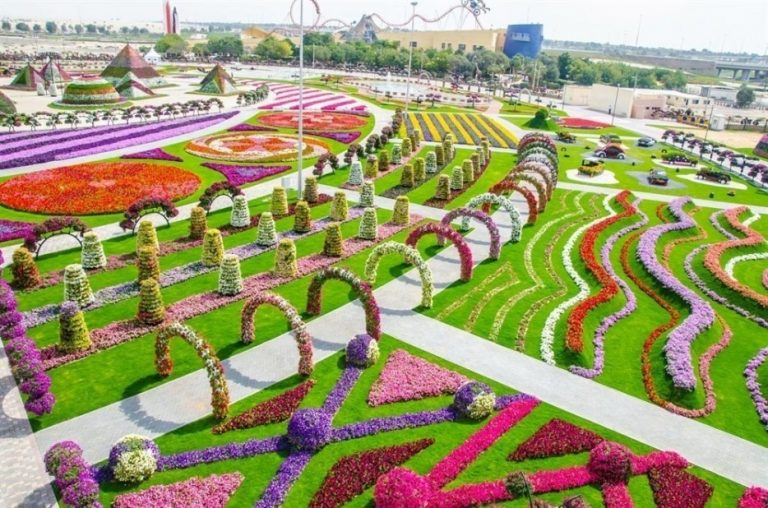 The-largest-garden-of-the-world-dubai-768x508