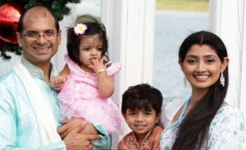 Divya-Unni-Family-photos-Divorce