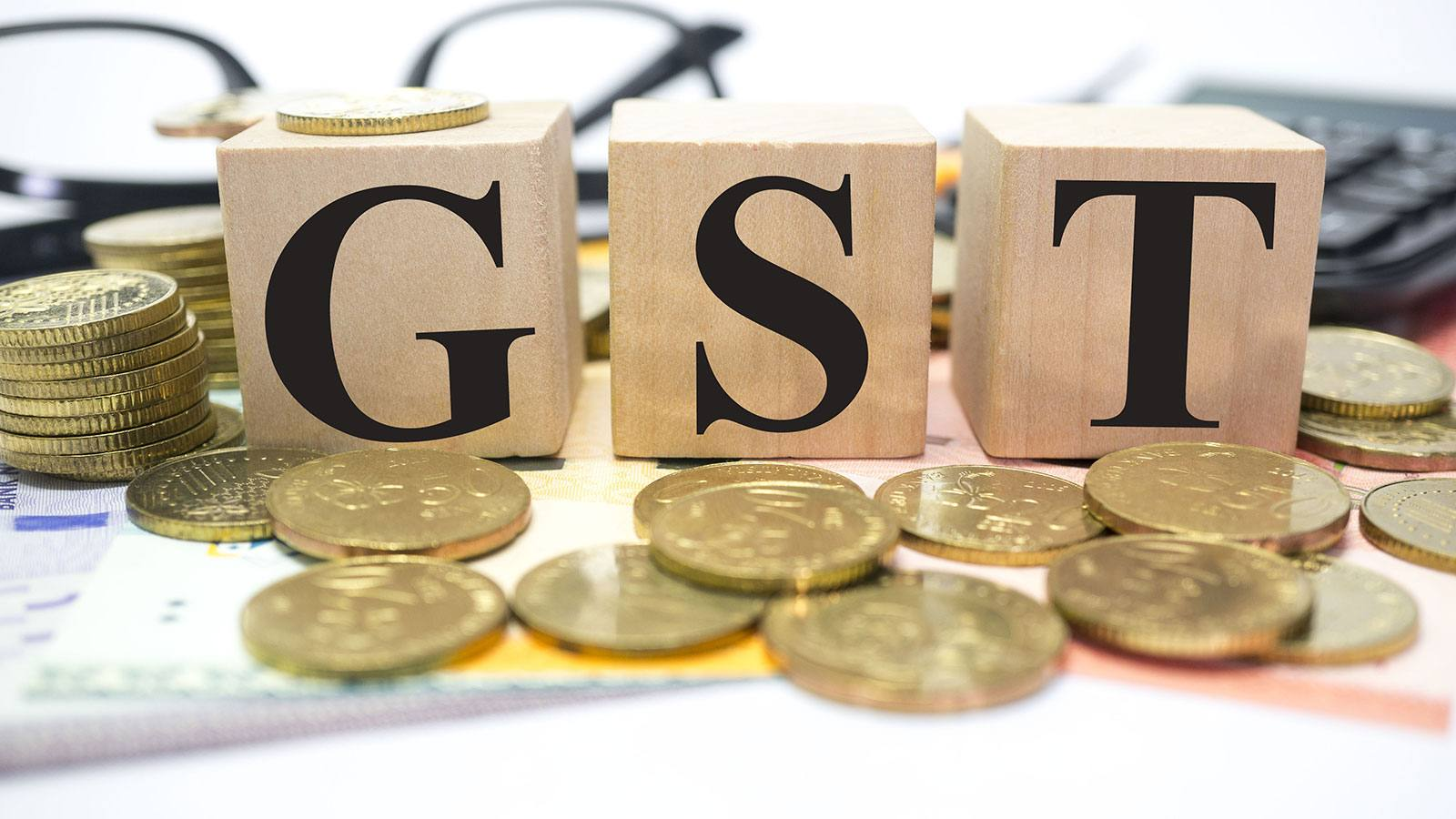 gst bill to be presented in loksabha today lok sabha passes GST bill discount for exporting