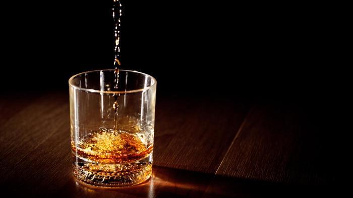 liquor age for getting liquor increased govt makes aadhar mandatory for liquor