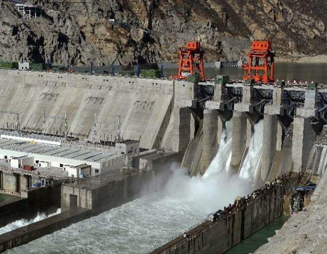 dam-in-brahmaputhra