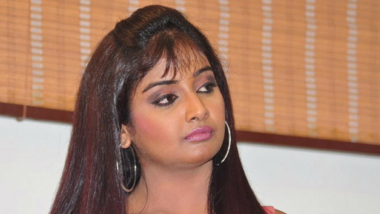 actress sabarna