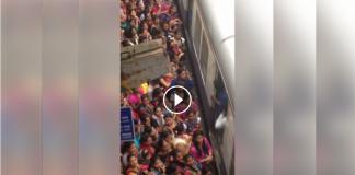 rush in mumbai train