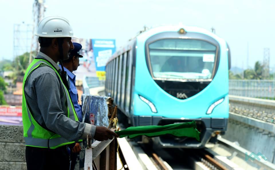 kochi metro metro launches big surprise for onam kochi metro palarivattom to maharajas inauguration today