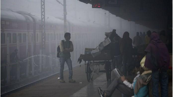 train delay due to fog