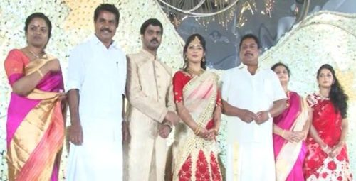 adoor-prakash-son-ajay-krishna-biju-ramesh-daughter-megha-wedding-engagement-500x255