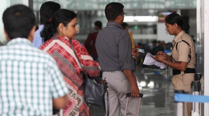 security check up for hand bags