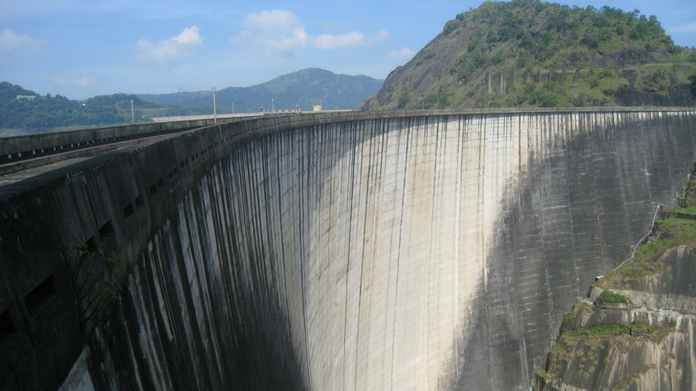 idukki dam eight percentage water left dams