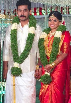 Vinu-mohan-brother-married