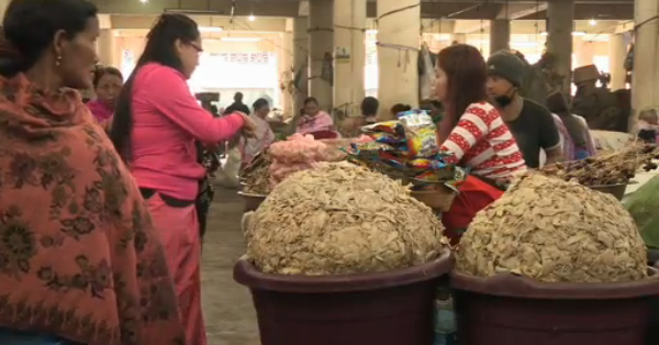 mothers market imphal
