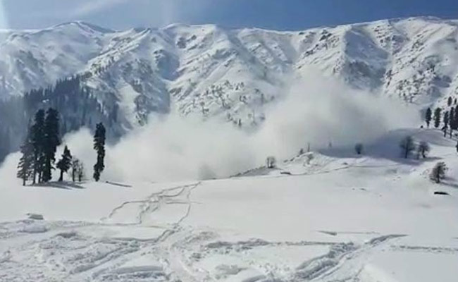 6 Soldiers Killed In Two Avalanches In Jammu And Kashmir's Gurez