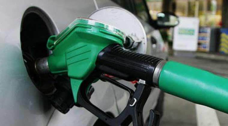 petrol diesel price robbery aluva petrol pump
