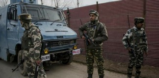 attack in kashmir 3 soldiers killed