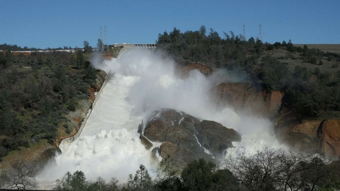 california dam may collapse evacuation begin