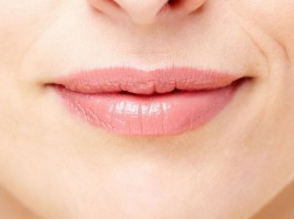 home remedy for chapped lips