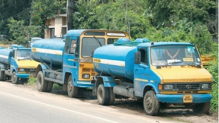 kochi drinking water tank strike collecter to hold meeting