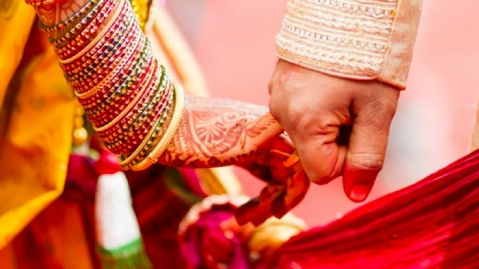 no toilet no marriage should make marriage registration mandatory says law commision