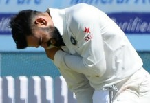 kohli gets injured in test