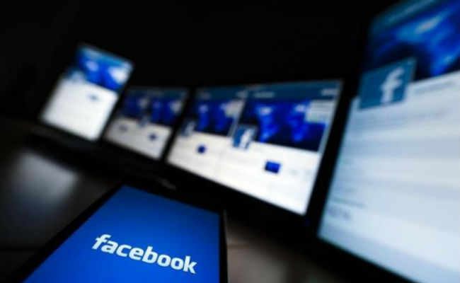 youth charged 3,2 crore for posting fake facebook post india first in facebook use