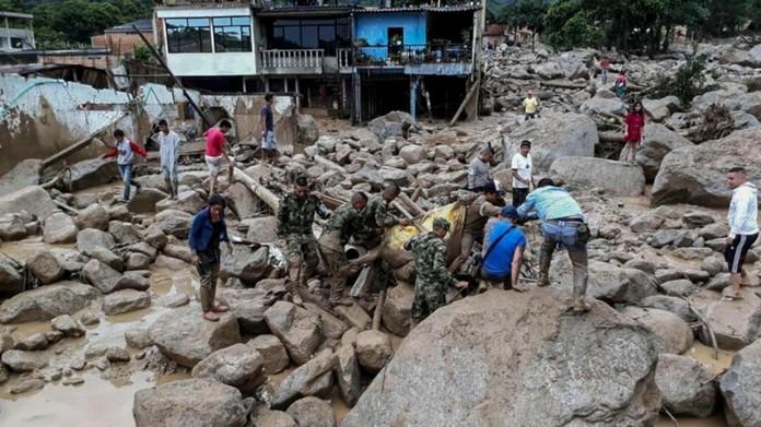 heavy rain in columbia 200 dead