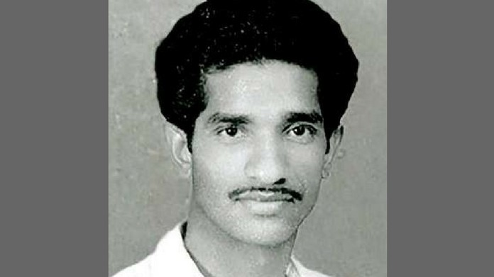 should correct affidavit submitted on Naxal Varghese murder