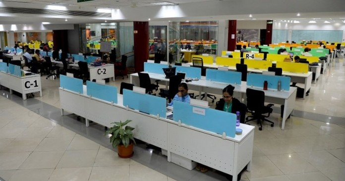 IT companies expels more than fifty thousand employees