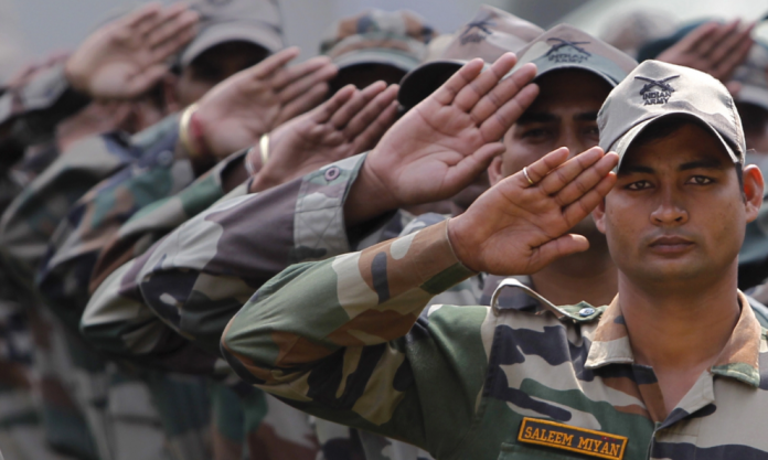 indian soldiers learn chinese language