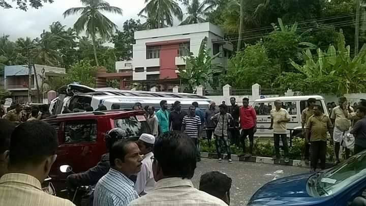 accident-tvm school bus (3)