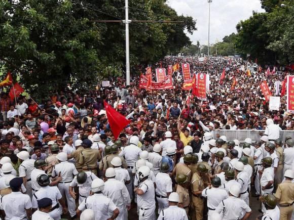 kolkatta secretariate march
