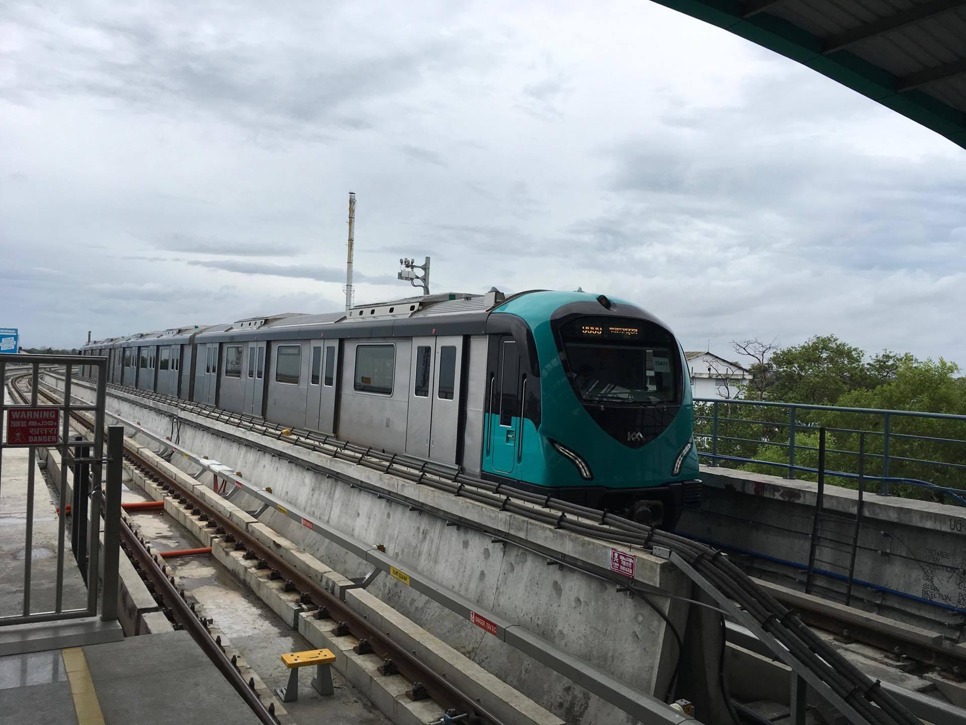 kochi metro public can use kochi metro tomorrow kochi metro sets new record