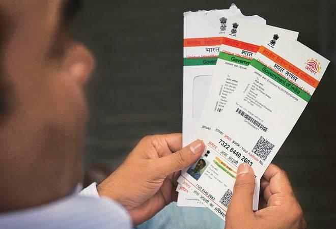 aadhar-card aadhar mandatory for realestate ആധാറുമായി ലിങ്ക് ചെയ്യുന്നതിനായി ഇലക്ടറൽ റോൾ പ്യുരിഫിക്കേഷൻ ആന്റ് ഓതന്റിക്കേഷൻ പദ്ധതി തിരഞ്ഞെടുപ്പ് കമ്മീഷൻ 2015ൽ ആരംഭിച്ചിരുന്നു. no aadhar no ration date extended to link aadhar