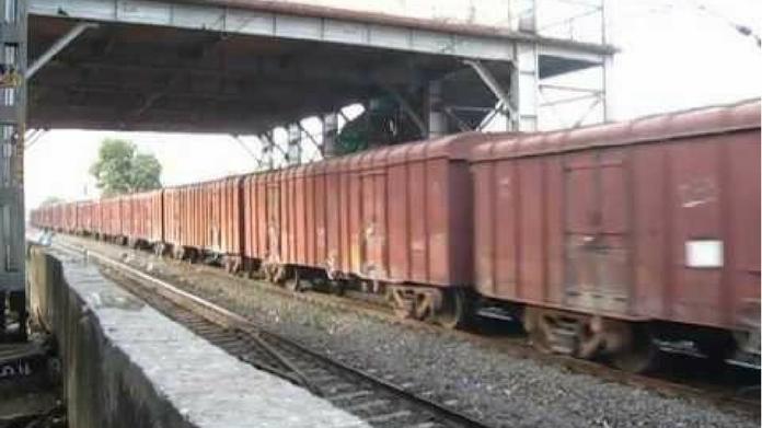 kayamkulam fuel leak goods train