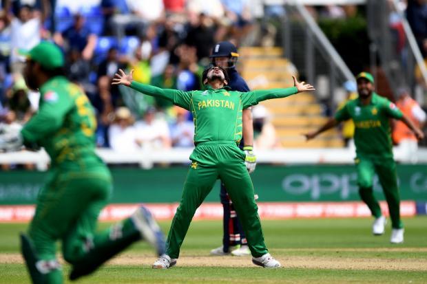 Pak beats England champions trophy