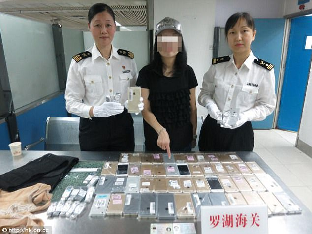woman attempt to smuggle 102 iphones