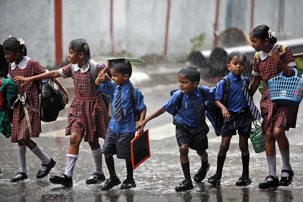 avoid shoes and socks in monsoon says public education department