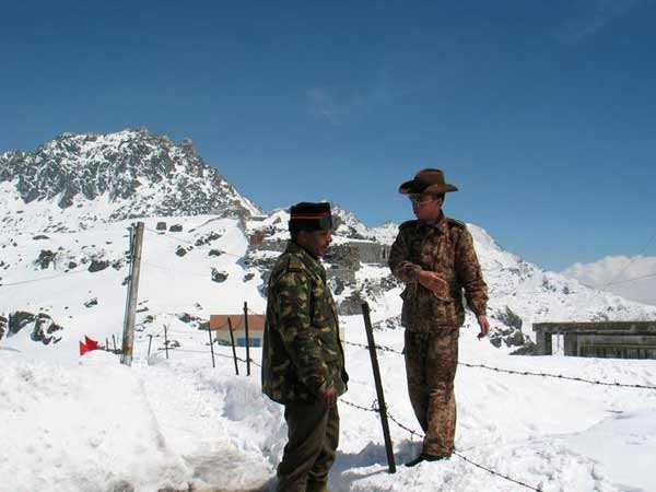 india will be embarassed if not withdrawn its army from doklam japan supports india in doklam issue