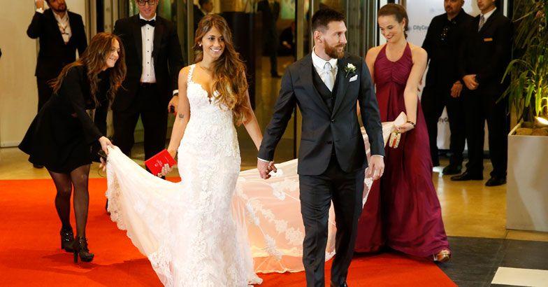 Lionel-Messi-and-Antonela-Rocuzzo.jpg.image.784.410