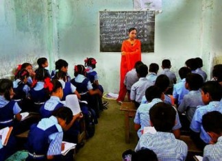 highschool stedent teacher ratio decreased thousand plus posts in aided higher secondary school