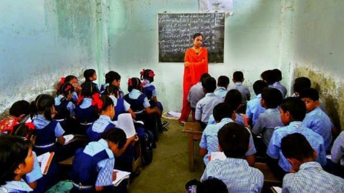 highschool stedent teacher ratio decreased