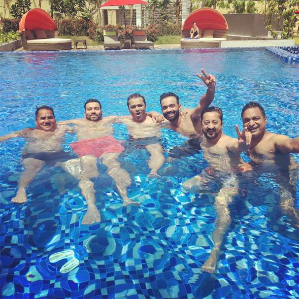 Indian cricketers celebrate holiday pics