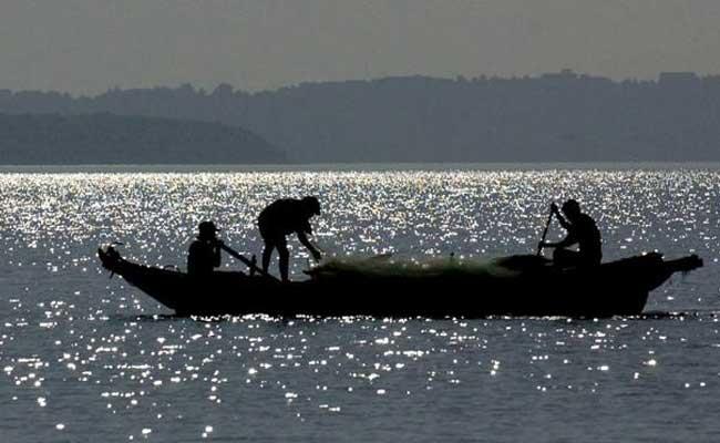 indian fishermen arrested in srilanka