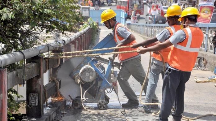 metro workers
