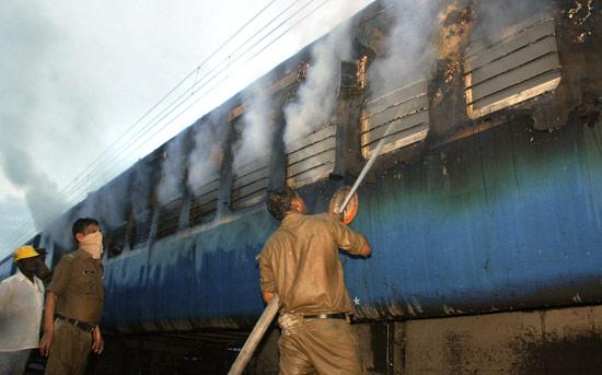 chennai train compartment caught fire