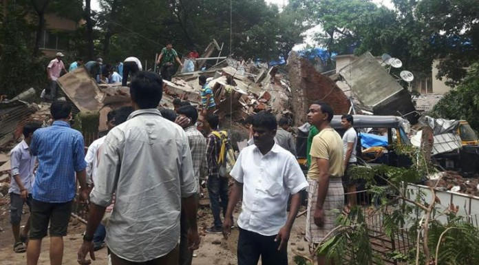 mumbai building collapsed